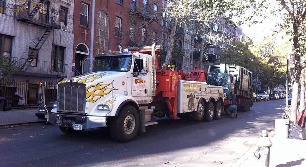 roadside assistance towing truck