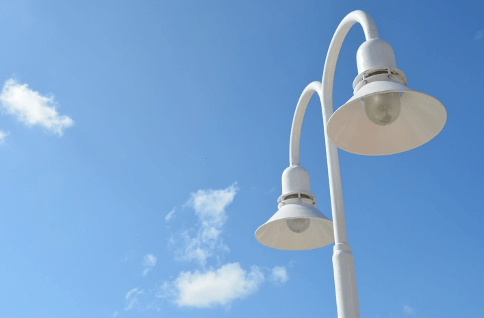 streetlight pole